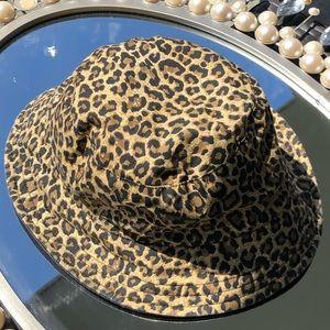 Cheetah print bucket hat